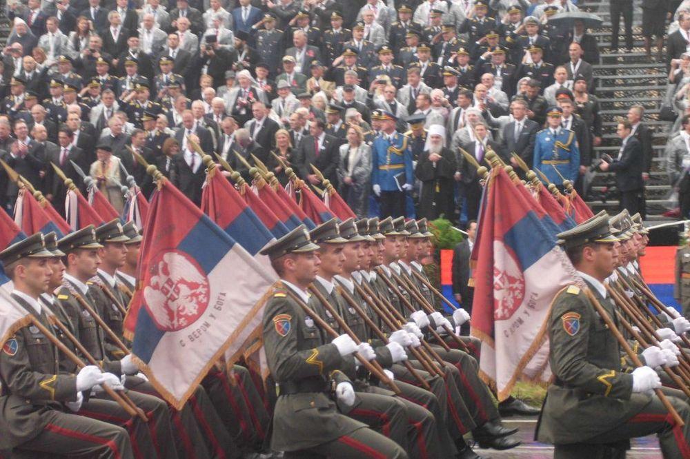 VOJNA PARADA U BEOGRADU ZA 20. OKTOBAR: Defilovaće vojska, lazar 3, nora, a među gostima i Medvedev?