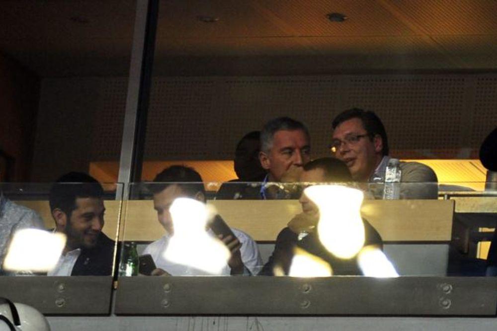 FOTO: Aleksandar Vučić i Milo Đukanović zajedno gledali Zvezdu i Olimpijakos