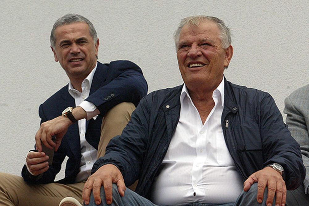 TOMISLAV KARADŽIĆ: Ne osećam se ugroženim, neće me oterati dva čoveka