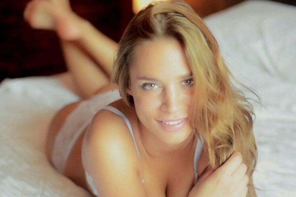 OVERILA REPREZENTACIJU: Nataša Šavija imala seks sa oženjenim Tošićem