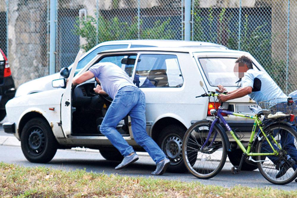 UHAPŠEN U BEKSTVU: Jugom pregazio pešaka, pa auto gurnuo u Tisu