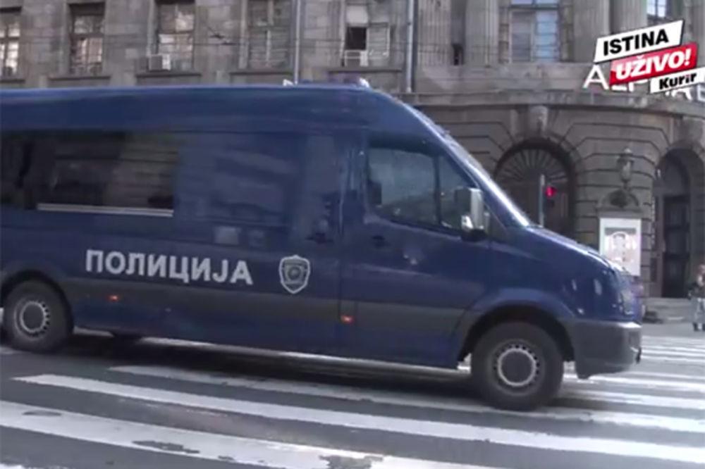 (VIDEO) Pogledajte kako izgleda atmosfera u Beogradu zbog dolaska Edija Rame