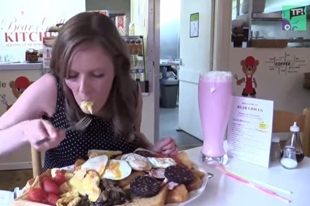 ONO MOŽE ŠTO NIJEDAN MUŠKARAC NE: Ema pojela doručak od 8.000 kalorija i težak 3,17 kg!