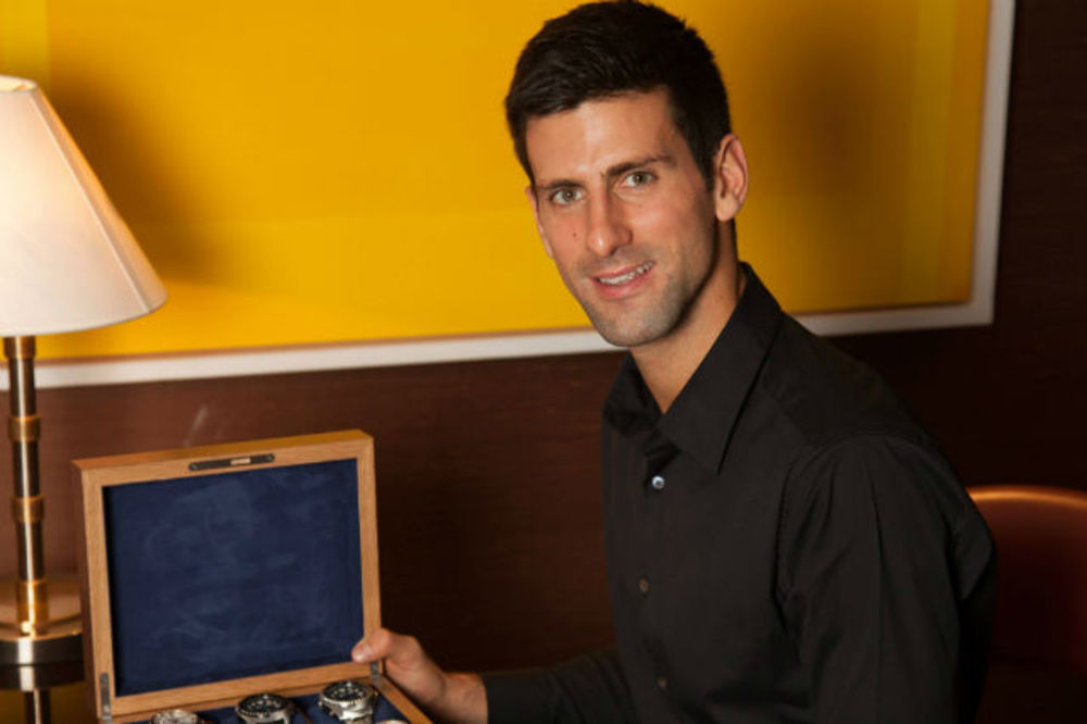 (FOTO) DA MERI KOLIKO BRZO POBEĐUJE: Pogledajte kakve satove ima Novak Đoković