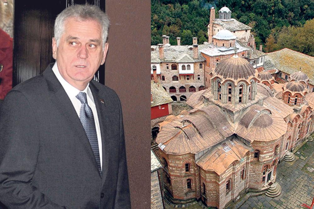 TUTANJ: Nikolić pobegao od Šešelja u manastir!