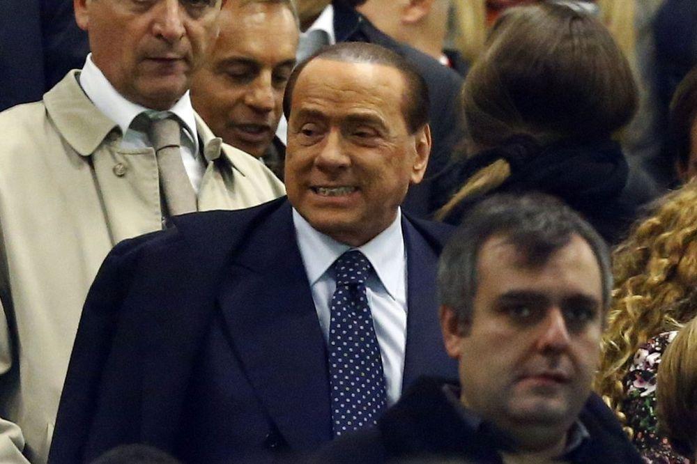 SMENA U MILANU: Berluskoni nagovestio odlazak Inzagija