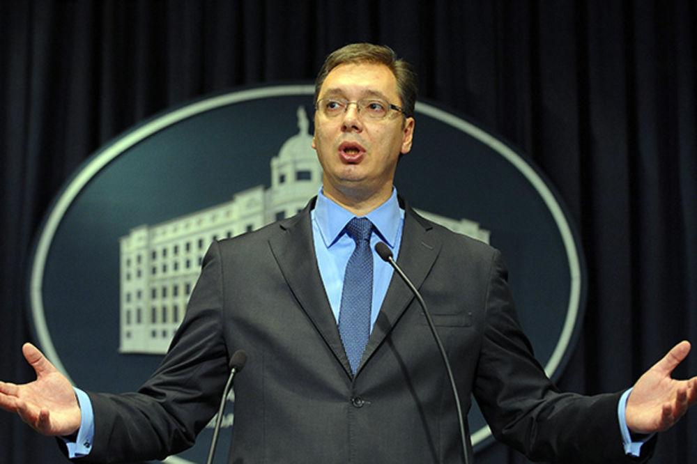 JUTARNJI LIST: Srbija, kao nekad Ukrajina, ne može da se odluči!