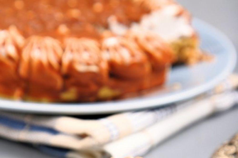 Nepečena torta od badema