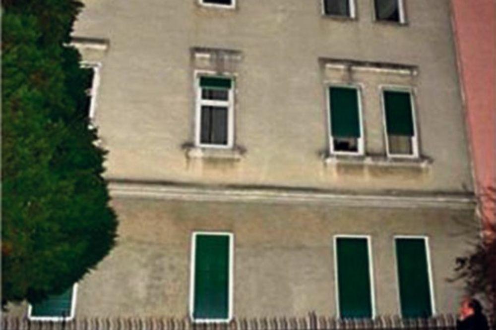 SKOČILA SA ĆERKICOM (5) KROZ PROZOR: Srpkinja će završiti u zatvoru ili na psihijatriji!