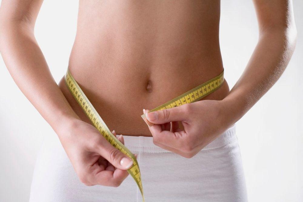 DIJETA ZA RAVAN STOMAK: Oslabite 7 kilograma mesečno!