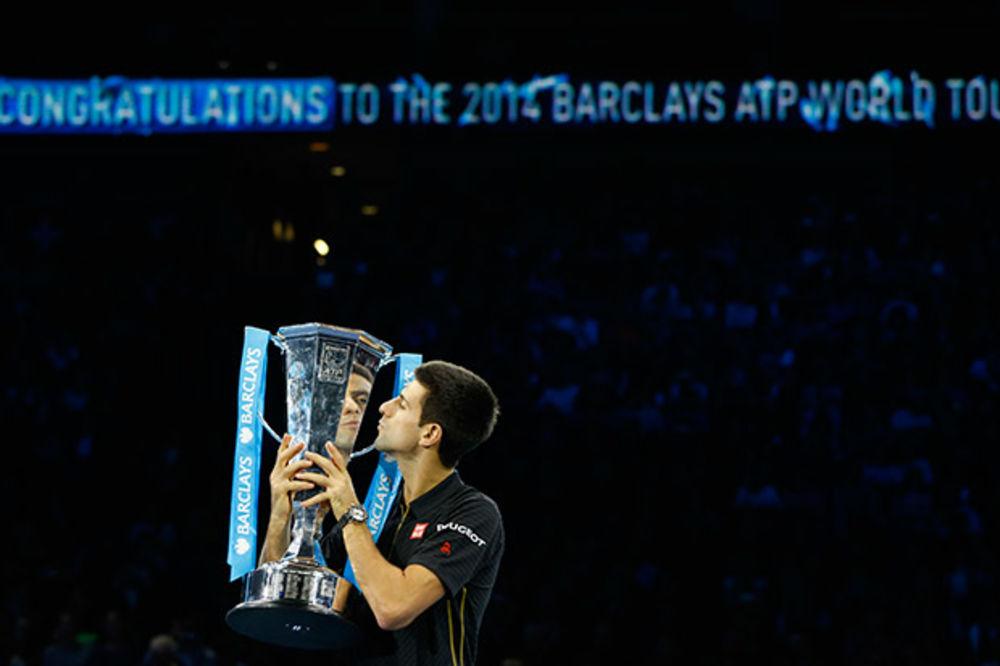 NOVAKU TITULA: Federer predao finale,  Đoković u egzibiciji protiv Mareja