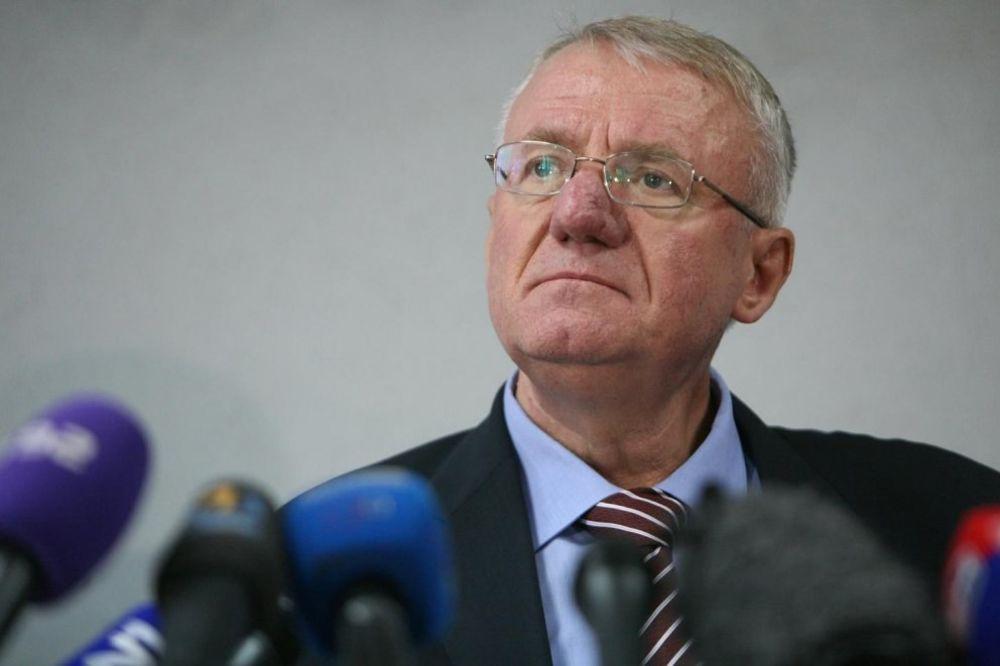Šešelj: Mogu da sarađujem sa Nikolićem i Vučićem ali pod jednim uslovom!