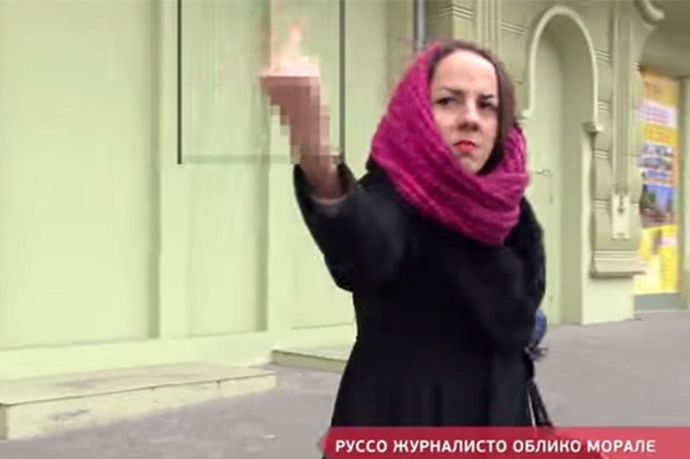 (VIDEO) EKSPERIMENT: Za ruske novinare samo srednji prst!