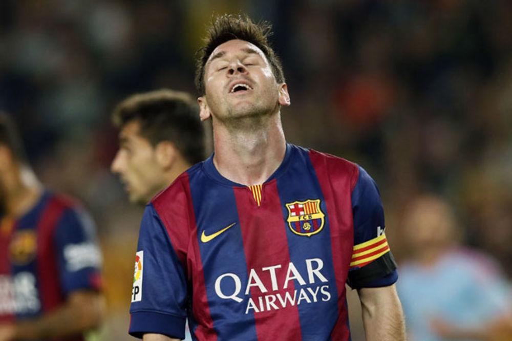 ŠOK NA NOU KAMPU: Mesi najavio odlazak iz Barselone!