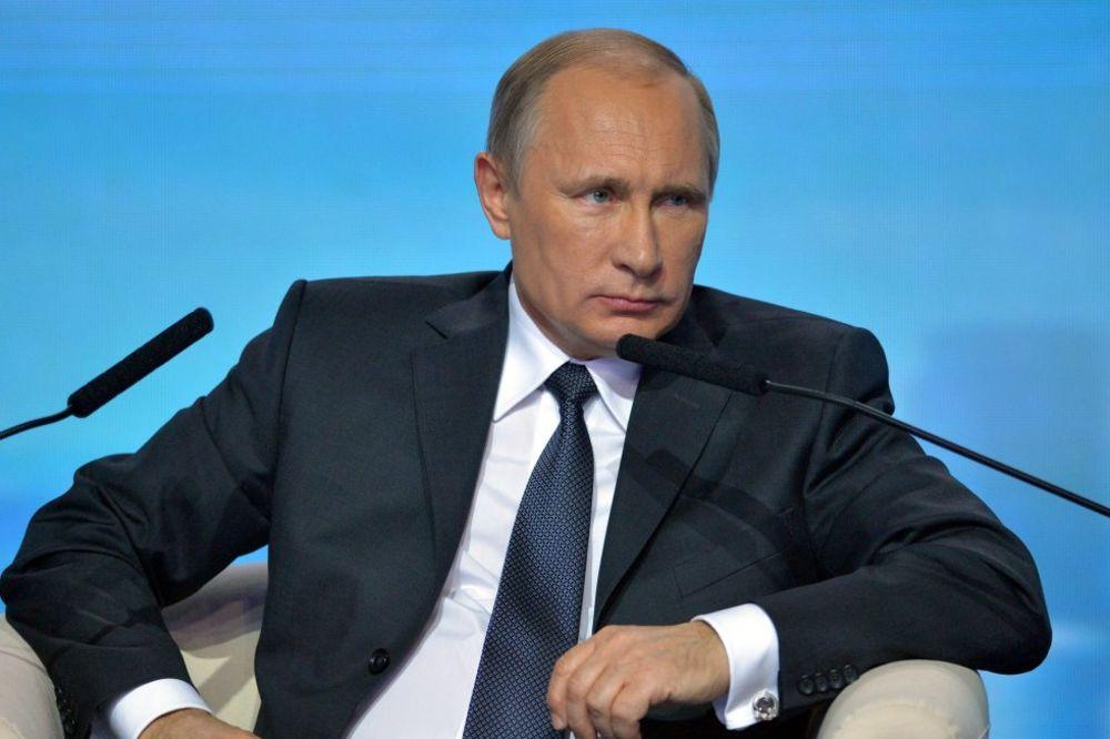 Putin: Neću biti doživotni predsednik, to je loše za mene i Rusiju