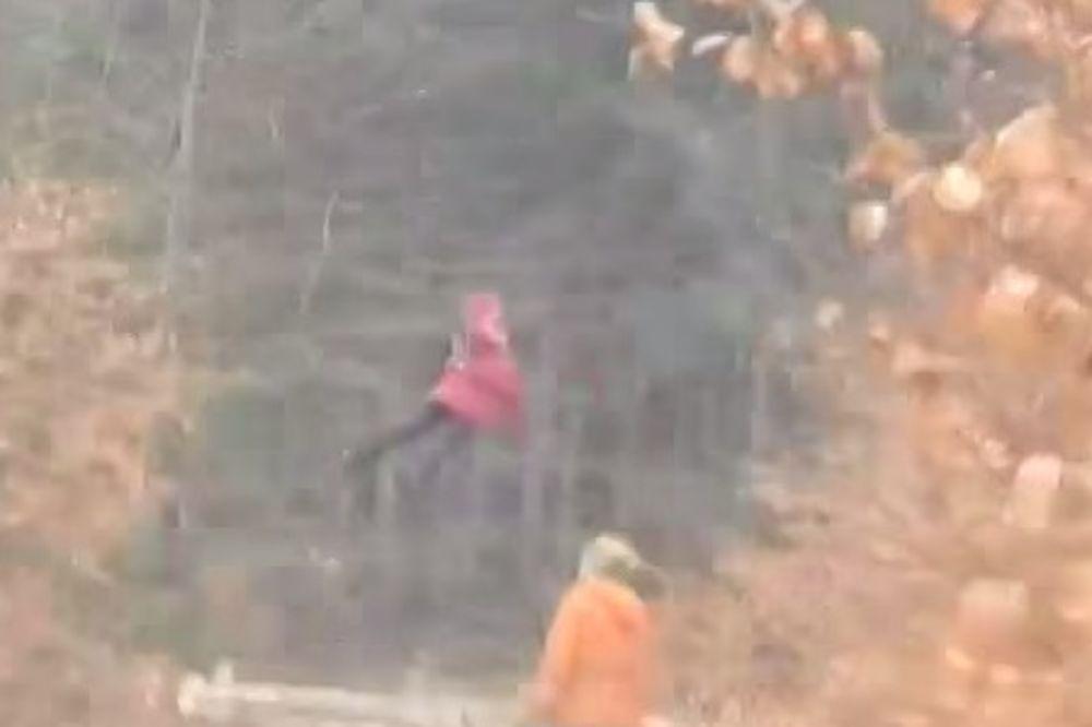 Ruska devojčica letela po šumi i šokirala prolaznike... Niko nije mogao da objasni ovu čudnu pojavu