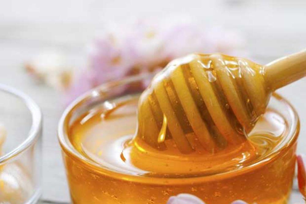 Moćni spoj meda i vode - za zdravo srce, jači imunitet, vitku liniju
