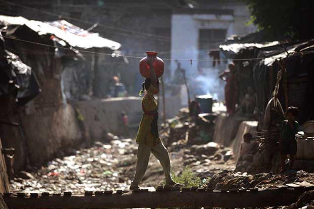 DRAMATIČNO UPOZORENJE SZO: Milijardu ljudi živi bez toaleta!