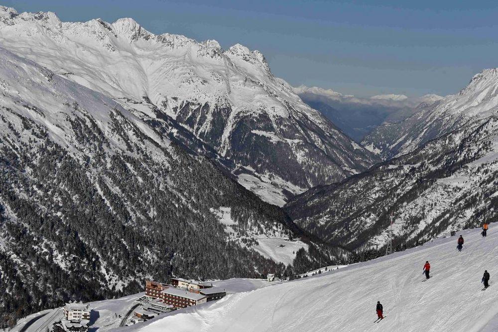 SKIJALIŠTA U PANICI: Nema snega, Austriju čeka najtoplija zima u istoriji!