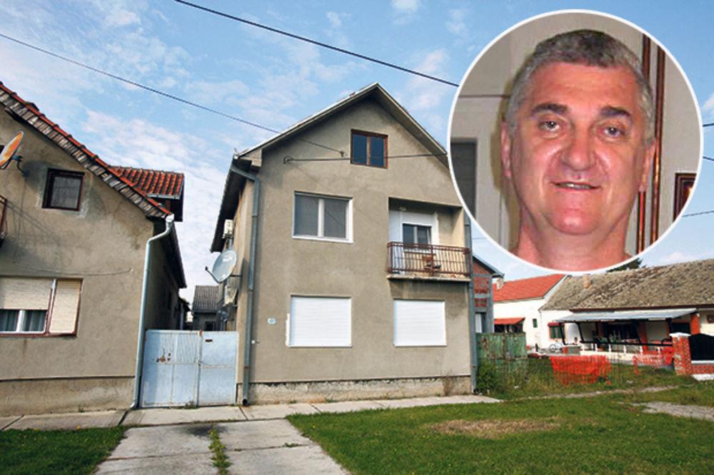 OPLJAČKAN PEDOFIL IZ STARE PAZOVE: Iz kuće mu ukrali pare i zlato!