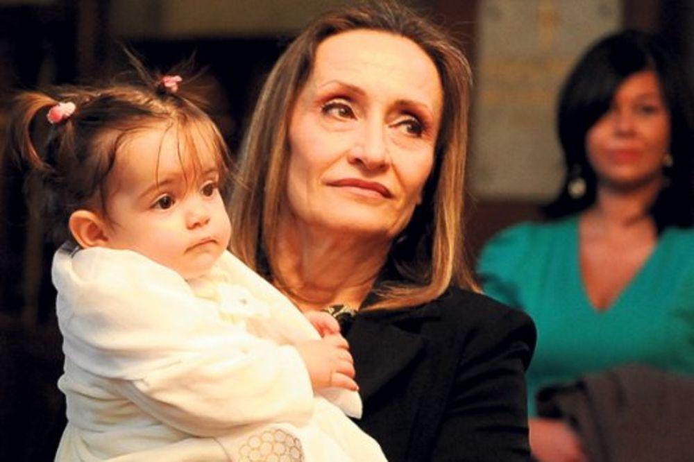 NAJSREĆNIJA: Salveta plakala na krštenju ćerke!
