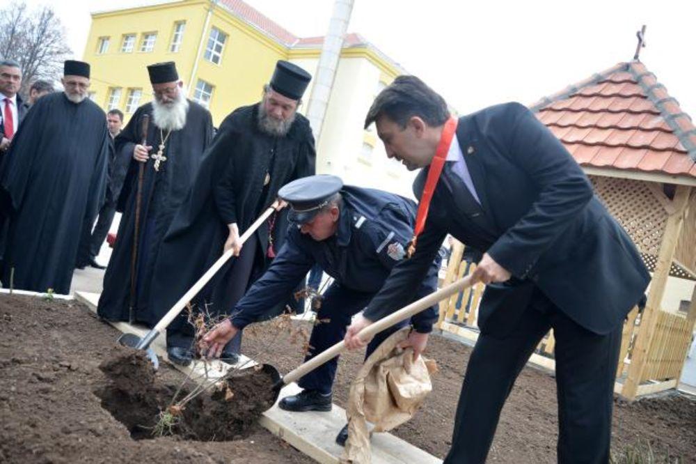 NIŠ: Zatvorenici obnovili zatvorsku crkvu