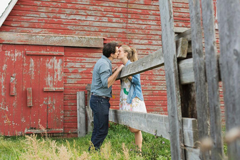 5 znakova da vas muškarac beskrajno voli