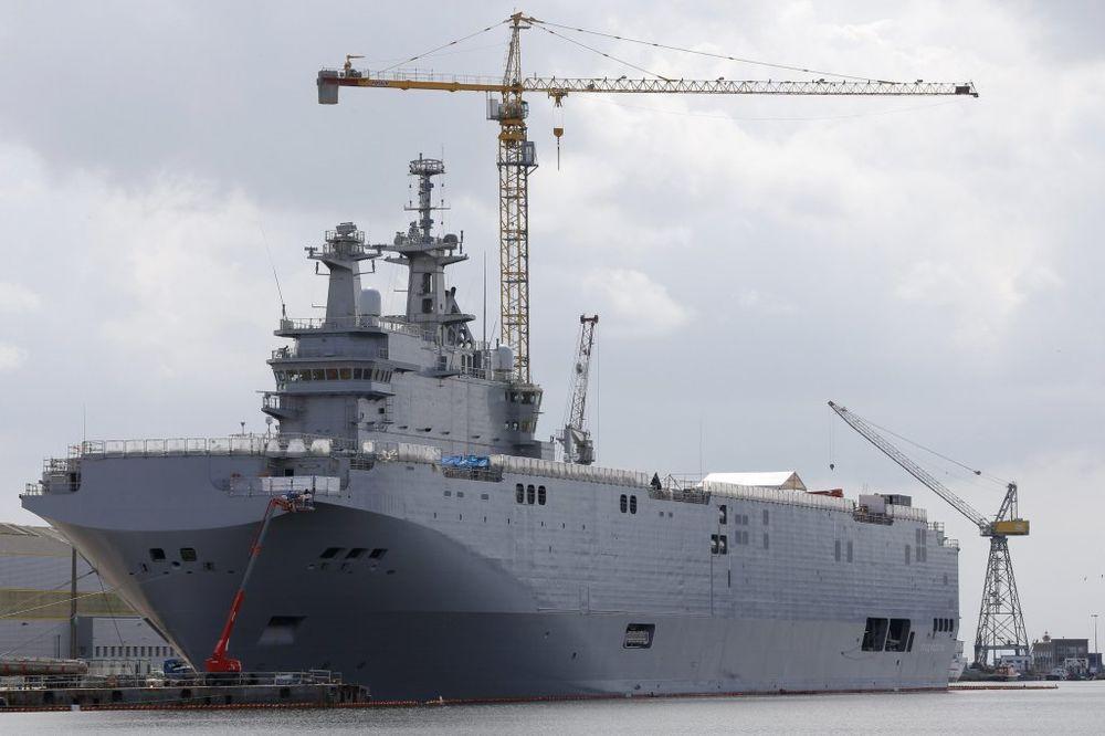 PARIZ VRAĆA NOVAC: Rusija i Francuska završile pregovore oko brodova Mistral