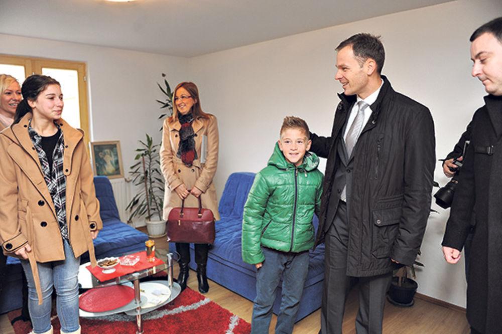 Mali u Obrenovcu: Zaposlićemo 1.000 ljudi!