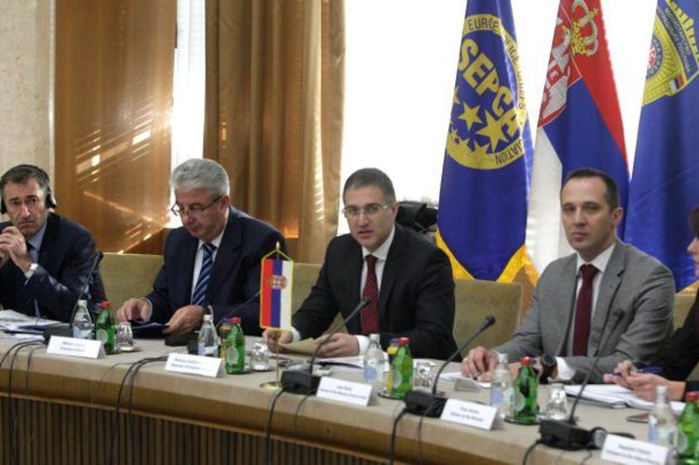 STEFANOVIĆ: MUP Srbije će dati pun doprinos borbi protiv kriminala u regionu i Evropi