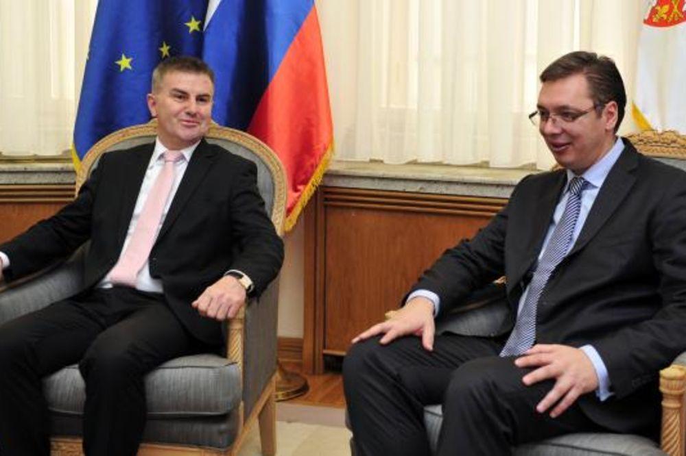 OPROŠTAJNA POSETA: Vučić primio slovenačkog ambasadora