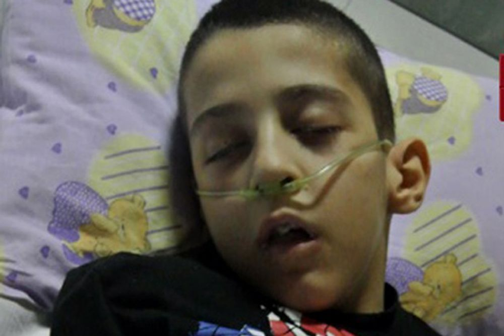 Teško obolelom dečaku iz Novog Pazara hitno potrebna operacija u Nemačkoj