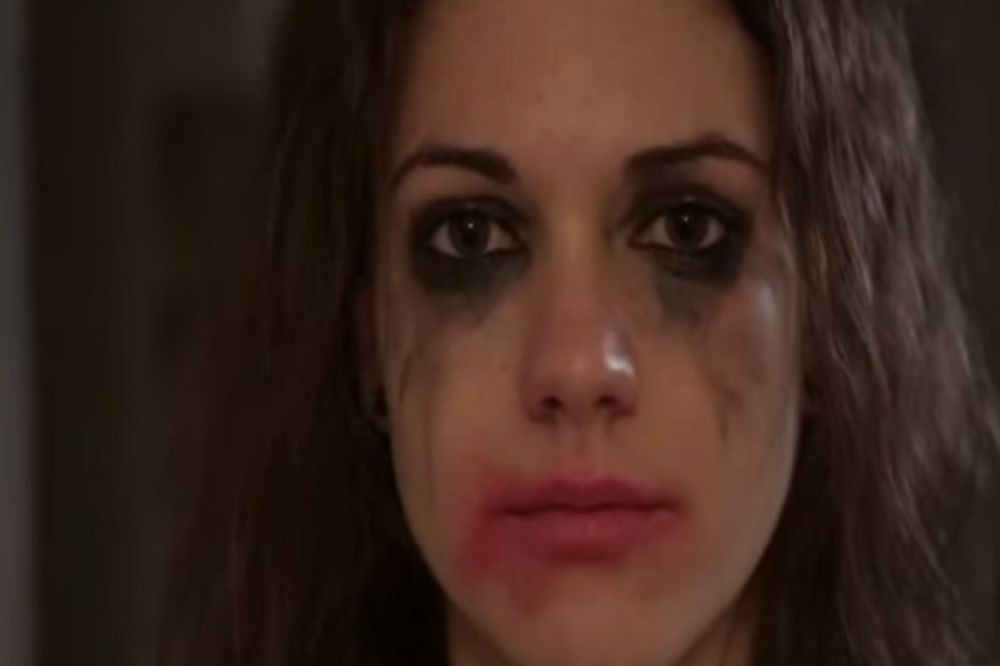 SKANDALOZAN VIDEO: Mađarska policija poručila ženama da su same krive ako ih neko siluje!