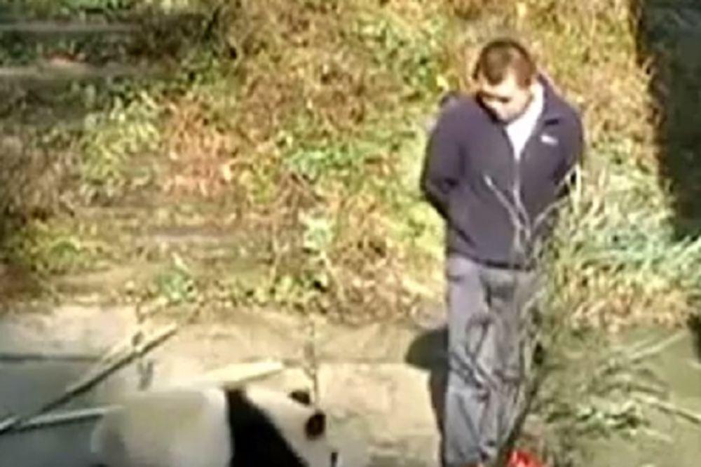 ODAO GA VIDEO SNIMAK: Evo zašto je ovo najomraženiji čovek u Kini!