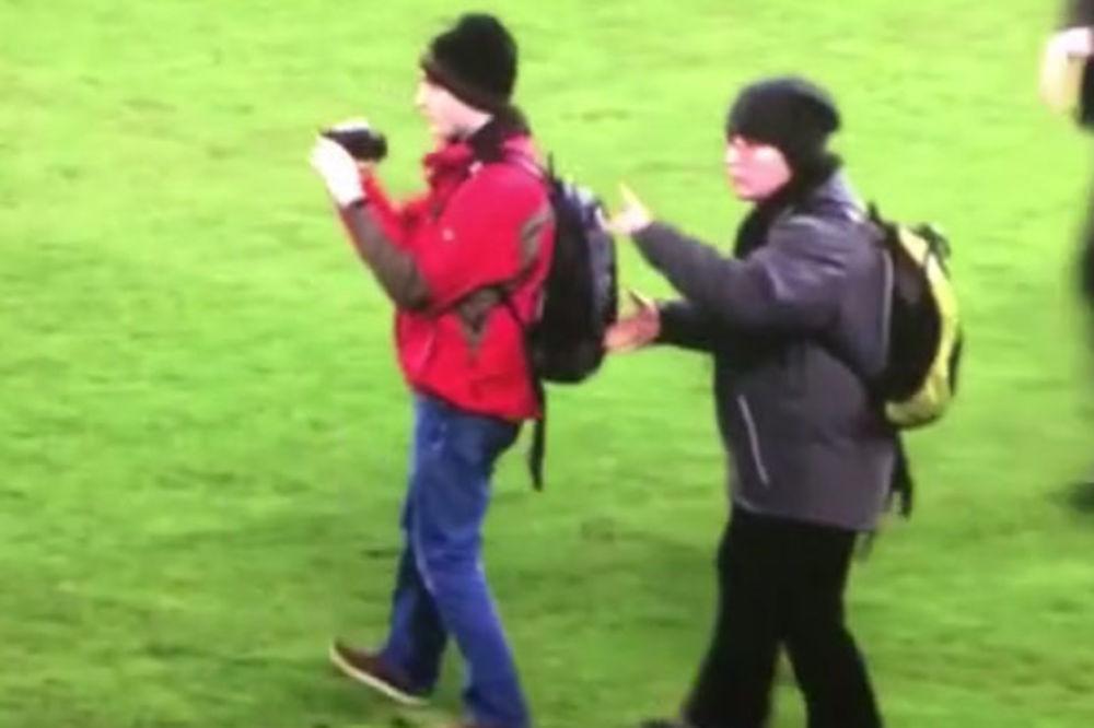 (VIDEO) MI SMO SAMO TURISTI: Pogledajte kako su navijači prekinuli meč Bazel - Real