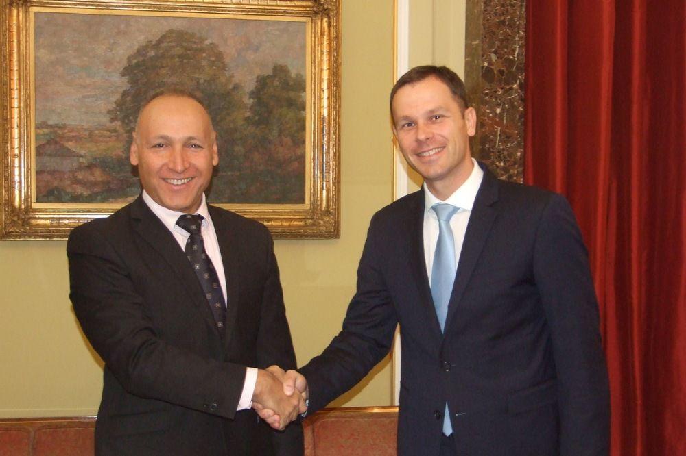 JAČANJE KULTURNE I SPORTSKE SARADNJE: Gradonačelnik Mali razgovarao s ambasadorom Izraela