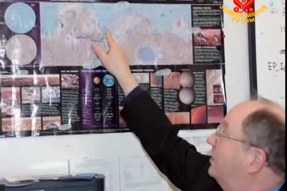 (VIDEO) FIZIČAR KAŽE DA SMO MNOGO GLASNI: Bučni Mars je uništen A-oružjem, a Zemlji preti isto!