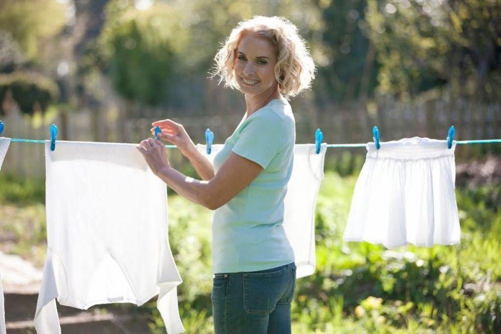 3 TAJNE PROFESIONALNIH ČISTAČICA: Kako da brže i bolje očistite kuću