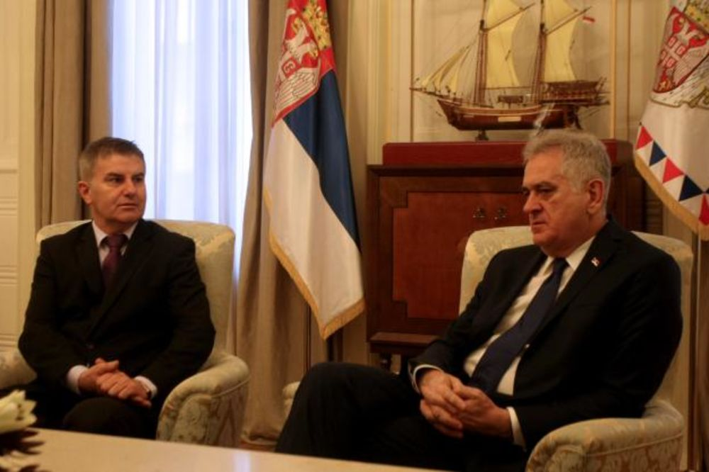 OPROŠTAJNA POSETA: Nikolić primio slovenačkog ambasadora Buta