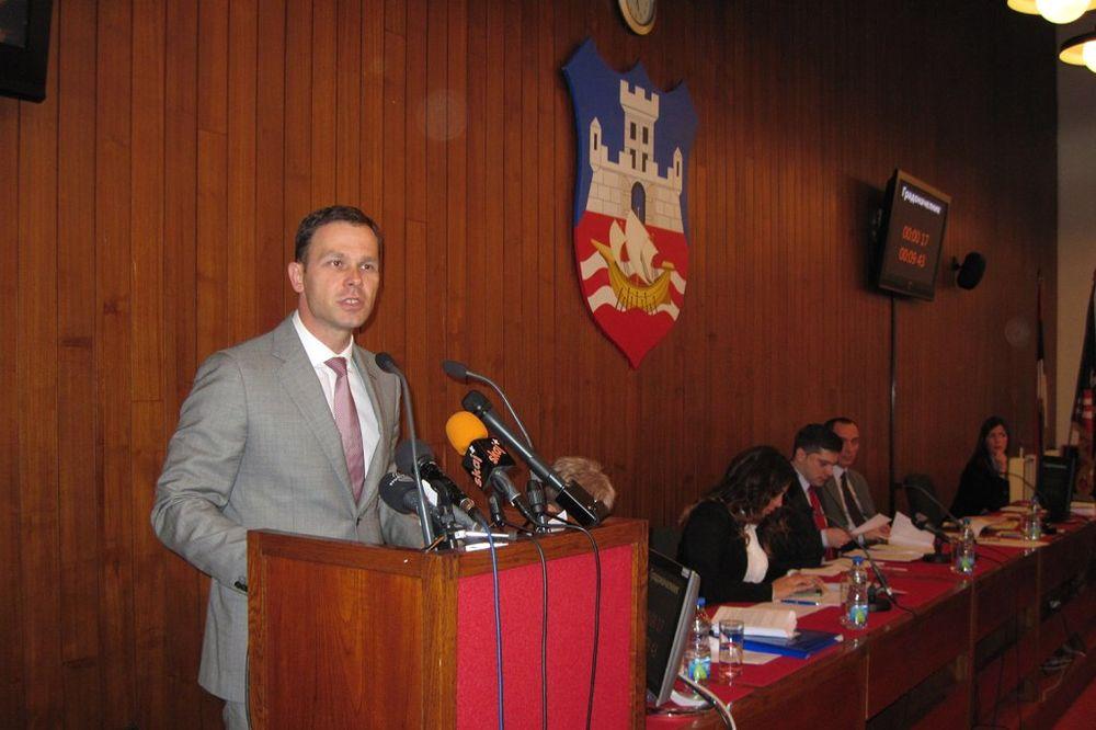 ODBORNICI USVOJILI: Kineski premijer Li Kećiang počasni građanin Beograda