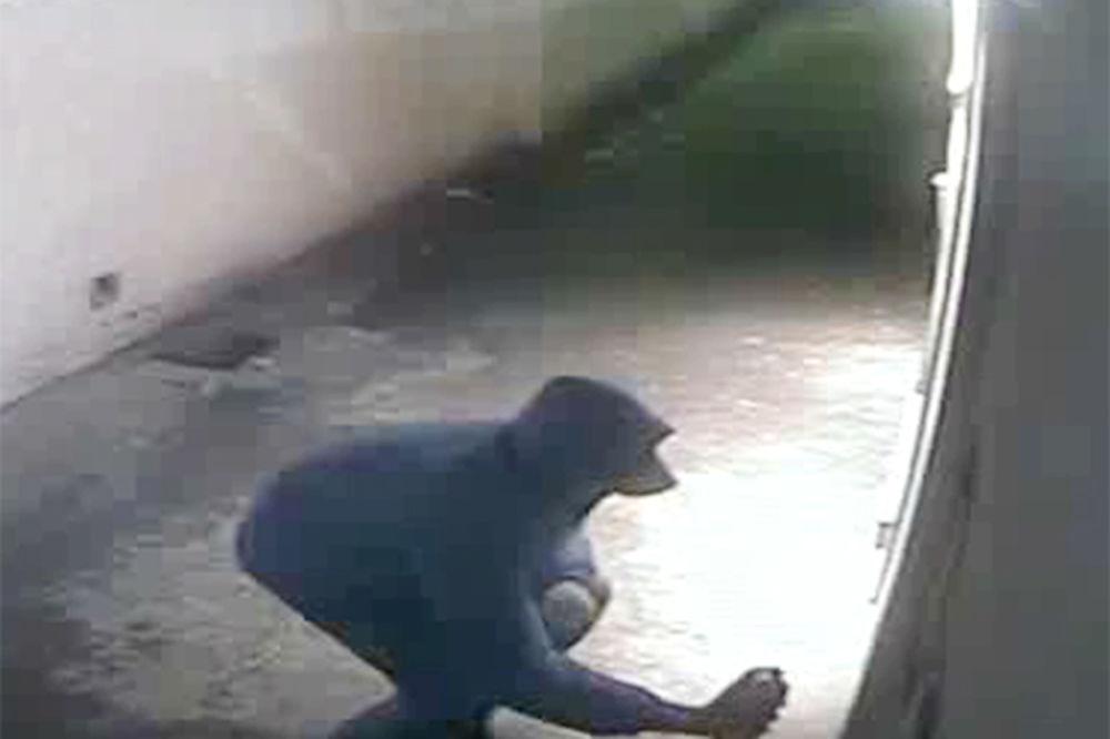 EKSKLUZIVNI SNIMAK: Ovo je napadač koji je pretio smrću Saši Mirkoviću! (VIDEO)