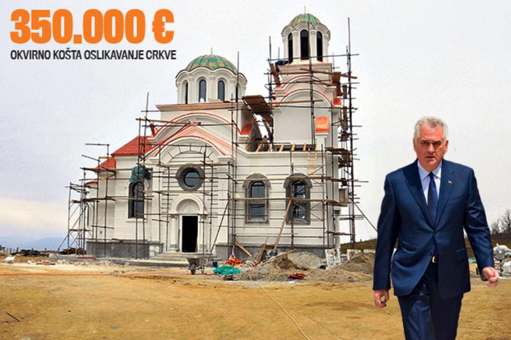 (VIDEO) EKSKLUZIVNO: Kurir prvi ušao u Nikolićevu crkvu u rodnoj Bajčetini!
