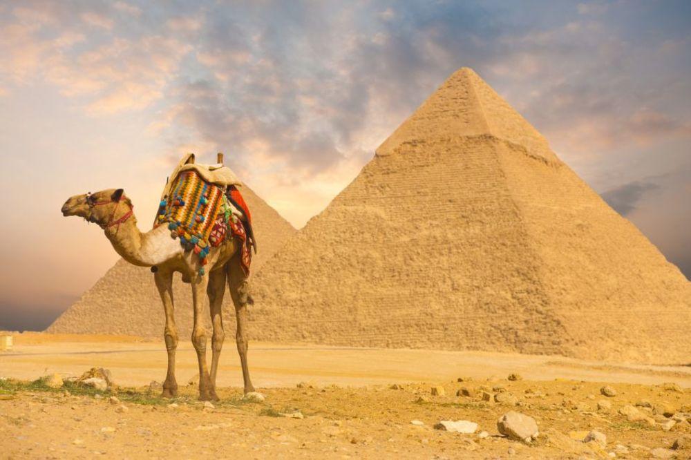 MRŽNJA I UNIŠTENJE: Islamski propovednik traži da muslimani razore piramide u Egiptu!