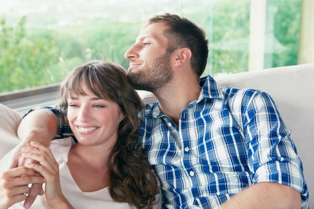 Način na koji vas muškarac grli otkriva šta oseća prema vama Zaljubljeni-foto-profimedia-1417528391-595290