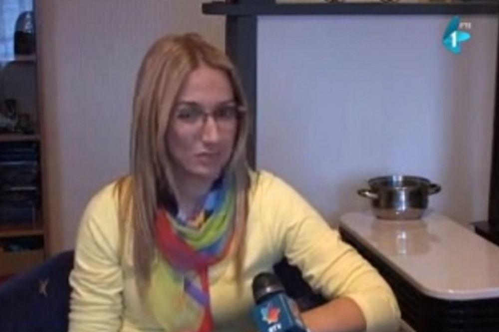 (VIDEO) DRAMA NA PUTU DO BETANIJE: Zaova porodila snaju u kolima