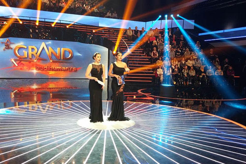 VEČERAS FINALE GRAND FESTIVALA: Pogledajte kojih 20 pevača će se boriti za tron!