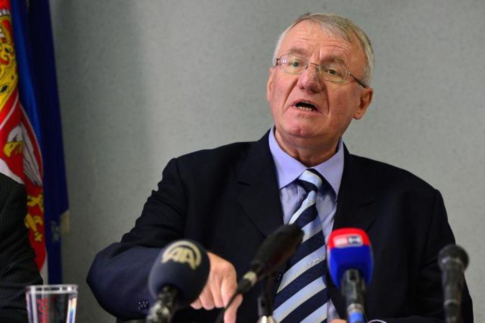 RAMPA ZA ŠEŠELJA: Predsedniku SRS zabranjeno prisustvo na sednici Skupštine Vojvodine