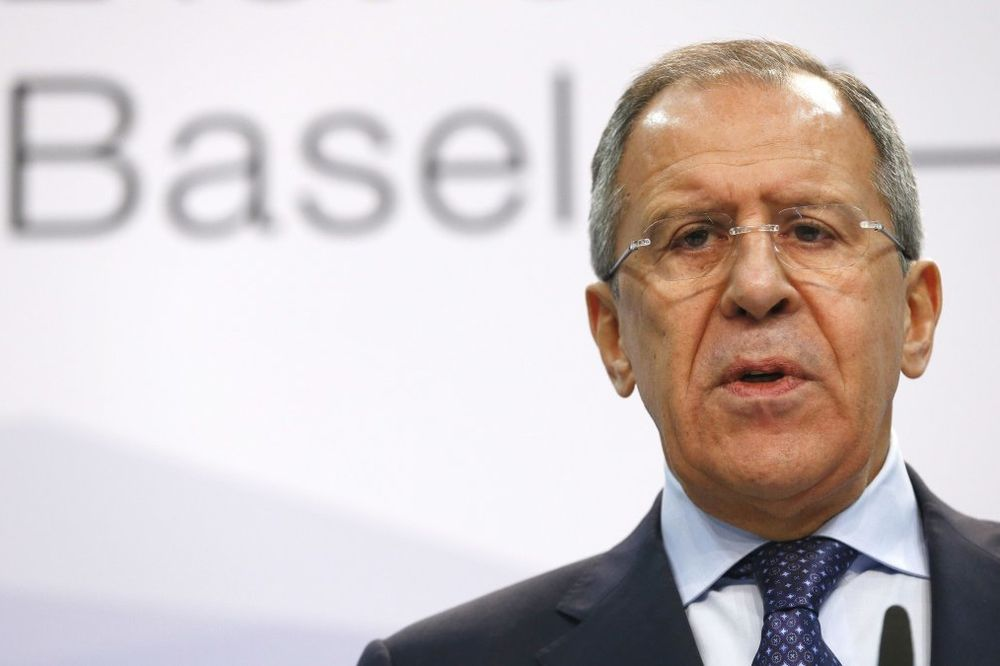LAVROV: Muka mi je više da ponavljam da Francuska mora da nam isporuči Mistral
