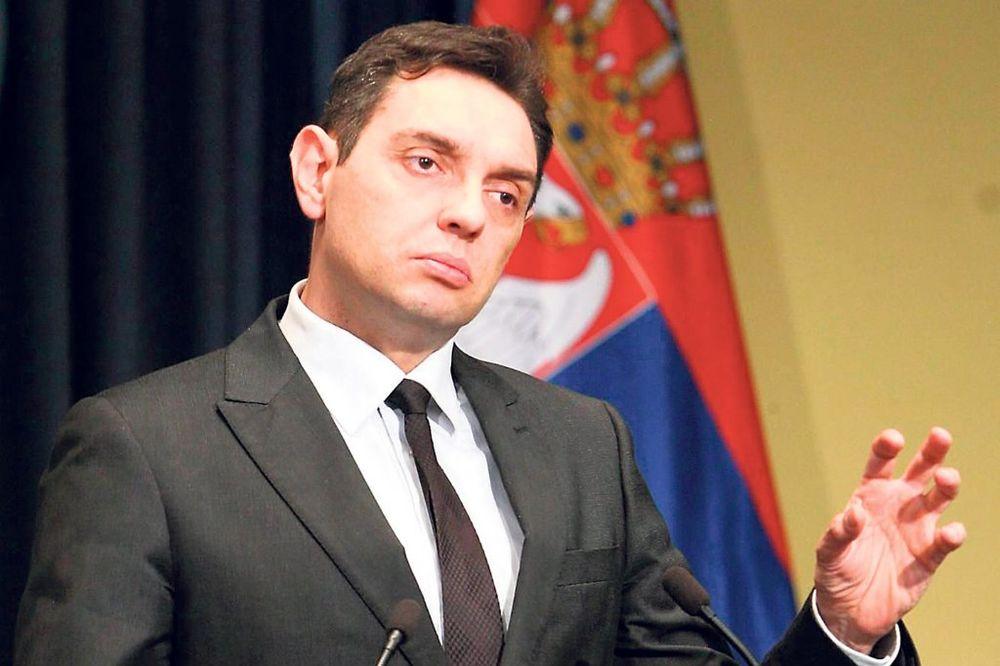 VULIN:Tačijeva ideja da Kosovo tuži Srbiju za genocid je opasna