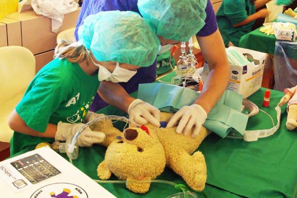 DVA DANA IGRANJA I UČENJA: U Beču se otvara bolnica za plišane igračke!